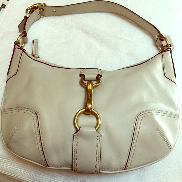 Coach Bags   Authentic Cream Colored Hobo Bag   Poshmark c0d91ce6be